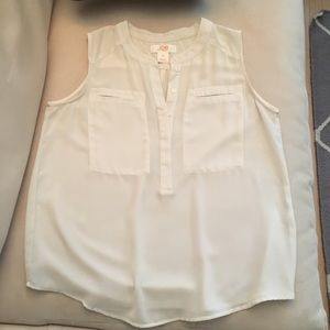 Ivory Sleeveless Button Front Blouse